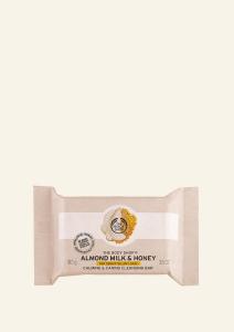 Milo mandljevo mleko in med