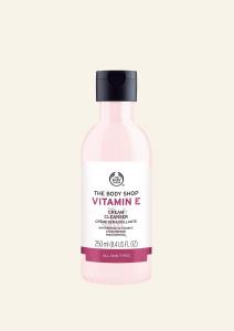 Kremno čistilo za obraz Vitamin E